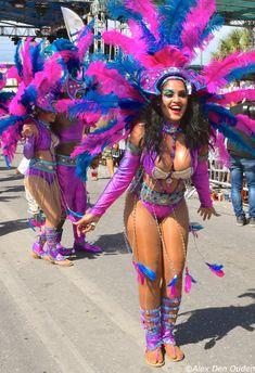 Brazilian Carnival Costumes, Carribean Carnival Costumes, Caribbean Carnival, Carnival Dancers, Carnival Girl, Rio Carnival, Carnival Fashion, Carnival Outfits, Samba