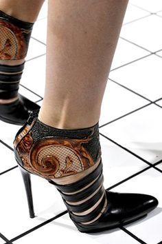 988774de8c Balenciaga Fall 2011 Ready-to-Wear Collection - Vogue