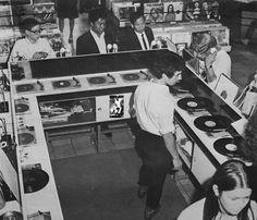 Inside a Rotterdam record shop, 1960 Vintage Tv, Sweet Memories, Childhood Memories, Tango, Vinyl Record Shop, Vinyl Store, Vinyl Records, Listening Station, Old Scool
