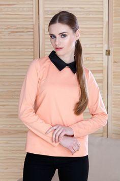 Bluza cu guler de camasa - Te afli printre acele femei care sunt mereu în pas cu moda, care ies în evidență prin ținute delicate și rafinate? Una dintre piesele vestimentare de bază este bluza, modelul bine ales asortat corect cu celelalte obiecte vestimentare și accesoriii te pot transforma într-o apariție de succes Long Sleeve, Instagram Posts, Casual, Sleeves, Tops, Women, Fashion, Moda, Long Dress Patterns