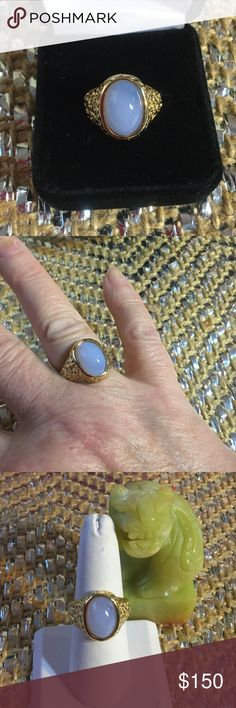 Breathtaking Genuine Lavender Jade Ring What a beautiful specimen of Hi quality Lavender Jade.  Light Lavender translucent cabochon,  highly sought after color with no matrix.  Set in .925 with a heavy 14K gold boding.  This is a vintage ring that is in excellent condition. Vintage Jewelry Rings