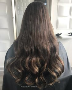 These Tones Tho  Blair@here-lately.stephanie  Stephanie Wears 3/4 Head Of Our Luxury Collection In Colours #4 & #10   Shop Our Collection Online Via Link In Bio #imallaboutdahair #hairextensionuk #hairoftheday #hairinspo #haironfleek #salonlife #hairofinstagram #behindthechair #hairfashion #hairenvy #instahair #hairgoals #hairextensionspecialist #modernsalon #hairextensionsupply #hairblog #hairlife #UK #hairfashion #hairextensions #manegoals #manenvy #GOALS #summerhair #summer2018 #brunette #brunettegirl #brunettegoals