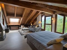 19 Dreamy Attic Loft Bedroom Decoration Ideas - The Home Decor Trends