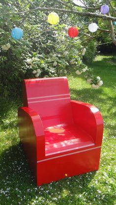 1000 images about meubles en carton on pinterest for Meuble cameleon