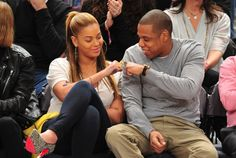 It's been aweek sinceBeyoncébroke the web with newsthat she is expecting twins with her significant other Jay Z. Now,Life and Stylemagazinehas discovered that the combine's new increases practically spared their marriage.   #Beyonce #Jayz