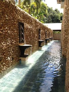 Shangril-la Boracay, Philippines Garden Nook, Side Garden, Modern House Design, Modern Interior Design, Boracay Philippines, Patios, Metal Homes, Swimming Pool Designs, Decoration