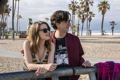 If we were gonna kiss, it would be right now. (Mickey Dobbs) Vi avevamo dettosarebbe successo. È successo.Il 10 marzo è uscita la seconda stagione di Love, una delle (molte per la verità) ragioni per pagare dieci euro al mese a Netflix. È una serie in 12 episodi da mezz'ora l'uno e ha uno dei […]
