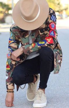 Black Men Street Fashion, Best Mens Fashion, Camo Outfits, Outfits With Hats, Black Men Casual Style, Fedora Fashion, Stylish Mens Outfits, Urban Fashion, Men's Fashion