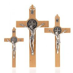 Croce san Benedetto legno naturale | vendita online su HOLYART