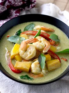 Thai Green Curry with Shrimp & Mango
