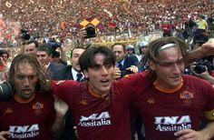 Gabriel Batistuta, Vincenzo Montella & Francesco Totti - AS Roma The Good Son, Son Love, Girls In Love, As Roma, Football Soccer, Football Players, Totti Francesco, Parma, Fotografia
