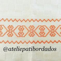 Patricia S. Dish Towel Embroidery, Kasuti Embroidery, Embroidery Stitches, Machine Embroidery, Cross Stitch Borders, Cross Stitch Patterns, Hand Embroidery Design Patterns, Swedish Weaving, Bargello