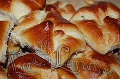 Branzoaice(Poale-n brau) - Tried and tasted :-) Yum! Cake Recipes, Dessert Recipes, Romanian Food, Romanian Recipes, Pastry And Bakery, Recipes From Heaven, Food Cakes, Sweet Cakes, Ice Cream Recipes