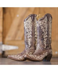 Corral Women's Brown Crater Bone Embroidery Boot - A1094 http://www.countryoutfitter.com/products/32387-womens-brown-crater-bone-embroidery-boot