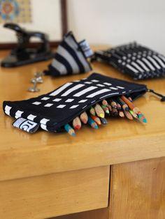 Johanna Gullichsen, textile craft & design : purse (Helios Black) Finland