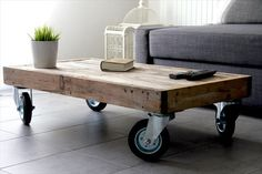 Pallet Coffee Table on Wheels - Coffee Table - Ideas of Coff.- Pallet Coffee Table on Wheels – Coffee Table – Ideas of Coffee Table Pallet Coffee Table on Wheels – Coffee Table – Ideas of Coffee Table – Wooden Pallet Coffee Table on Wheels - Wooden Pallet Coffee Table, Folding Coffee Table, Wooden Pallet Crafts, Coffee Table Furniture, Wooden Pallet Furniture, Diy Coffee Table, Diy Pallet Projects, Modern Coffee Tables, Pallet Ideas