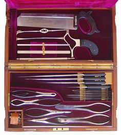 surgical_set_Weiss_open_tray_in_place.jpg (562×630)