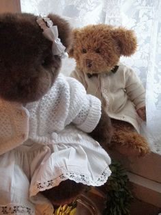 "OK, just because who doesn't love teddy bears, and then to dress them up in a gorgeous sweater.  You got me. . . . Cabin & Cottage : ""You there, boy, what day is this? """