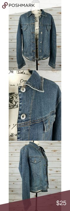 Vintage Lee Riveted Collared Jean Jacket Excellent condition, no stains or flaws. The material for this is relatively soft, not super stiff like some jean jackets.   Reasonable offers will be considered, bundles are discounted. No trades. I can ship same or next day. Lee Jackets & Coats Jean Jackets