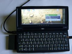 Mobile Technology, Computer Technology, Technology Gadgets, Diy Electronics, Electronics Projects, Wearable Computer, Laptop Design, Real Phone, Raspberry Pi Projects