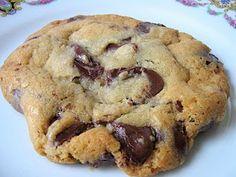 une gamine dans la cuisine: Jacques Torres Chocolate Chip Cookies with sea salt