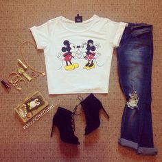 Graphic T & Distressed Jeans with Black Booties