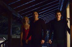 """What Lies Beneath"" - #TVD is all new TONIGHT at 8/7c! tvdthe origin, vampir diari, lie beneath, tvdteam damon"