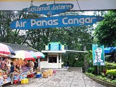 Pemandian Cangar sangat menarik bagi pengunjung Malang dan Batu