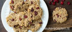 Healthy cookies: oatmeal, bananas, dried cranberries & walnuts