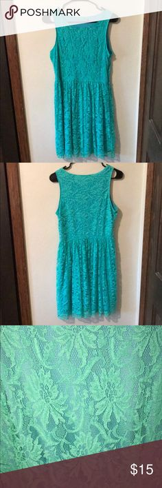 Candie's dress! Size Medium! Blue with green overlay! Tag has been removed. Candie's Dresses