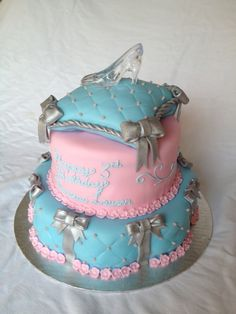 Glass Slipper pillow cake by Marypoppins1 on Cake Central