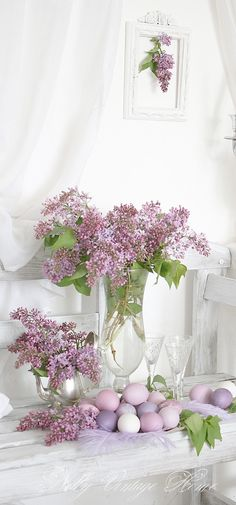 nelly vintage home: Lilac's will not be out at Easter - pretty with tulips and matches my china Rosenthal Amethest