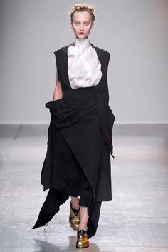 Aganovich Spring 2015 Ready-to-Wear - Collection - Gallery - Style.com