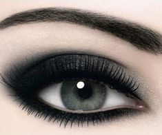 We ♥ Smokey Eyes!