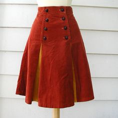 corduroy skirt in rust and mustard Unique Fashion, Vintage Fashion, Corduroy Skirt, Denim And Lace, House Dress, Fashion Sewing, Feminine Style, Playing Dress Up, Dress Skirt
