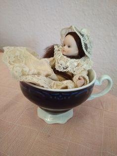 Hand painted Wupper WEV German vintage porcelain doll 💛