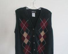 80% OFF FALL SALE Mens Vintage Sag Harbor Burgundy Green Argyle Print Striped Winter Preppy Button Down Sweater Vest Top Sz M/L