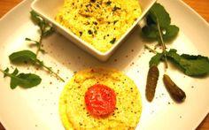 Veganer Ei-Aufstrich aus Tofu, Essiggurken und Kala Namak Salz