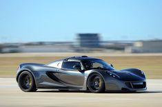 Dessertpin - Hennessey Venom GT World's Fastest Car Beat Bugatti Veyron Top Speed Record Bugatti Veyron, Super Sport, Guinness, My Dream Car, Dream Cars, Corvette, Hennessey Venom Gt, Used Car Prices, Latest Cars