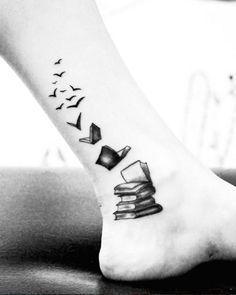 Resultado de imagen para in omnia paratus tattoo