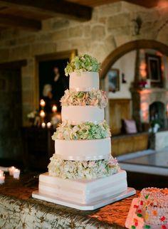 Majestic wedding cake.