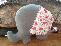 Coussin elephant liberty Foul'art  Fait main  8 modèles disponibles - www.foul-art.com  Follow us www.facebook.com/myfoulart