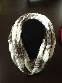 Sashay scarf - ruffles or chain styles