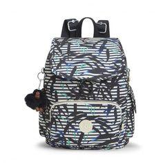 1c009781430 Compact, licht en praktisch: de City Pack Essential van #Kipling. Een  stijlvolle