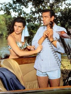 *m. James Bond (Sean Connery) on the phone and Sylvia Trench's (Eunice Gayson)