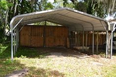 Carport to Coop/Run Conversion....love the way she decorated it!
