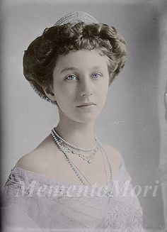 Victoria Louise wed Ernst Augustus, Prince of Hanover on 24 May 1913