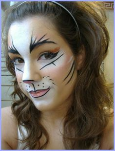 Cat Halloween Makeup Ideas Looks Trends Soflyme - Halloween Cat Makeup Is It Hard To Do With Our Instructions Easy What Is The Particular Makeup Cat First Of All You Need A Bright Accent On The Eyes The Look Should Be Attractive Mysterious Animal Makeup, Cat Makeup, Makeup Art, Makeup Ideas, Cheetah Makeup, Eyebrow Makeup, Makeup Inspiration, Cat Halloween Makeup, Halloween Make Up