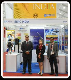 Dignitaries in the EEPC INDIA Booth.