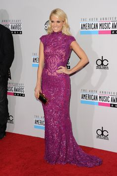 La alfombra roja de los American Music Awards, Carrie Underwood